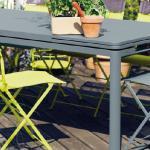 Fermob-biarritz-table-main.jpg